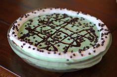 Low Calorie Mint Chip Ice Cream Pie