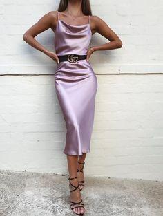 Slip Dress Outfit, Dress Outfits, Dress Up, Fashion Dresses, Bodycon Dress, Workwear Dresses, Dress Girl, Rose Dress, Silk Bridesmaid Dresses