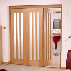 Folding Nuvu Utah Oak 3 Door Set Left   Frosted Glass, High And Wide.