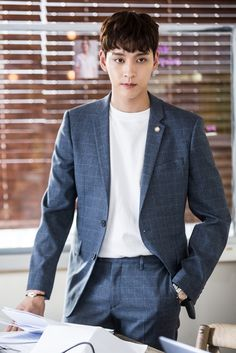 Actor with a good image, Choi Tae-joon @ HanCinema :: The Korean Movie and Drama Database Korean Male Actors, Asian Actors, Korean Celebrities, Celebs, Hot Asian Men, Asian Boys, Suspicious Partner Kdrama, Song Joong, Park Hyung