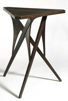 Richard Riemerschmid, side table, oak. Designed in Munchen, Germany c. 1898-1899 for the 1899 German Art Exhibition in Dresden. Manufactured by Liberty & Co.