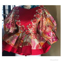 Latest African Fashion Dresses, African Dresses For Women, African Print Fashion, African Attire, African Print Dress Designs, African Lace Styles, African Traditional Dresses, Balloon Sleeves, African Blouses