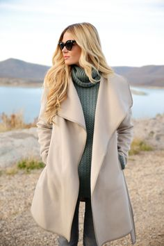 Obsessed with this beautiful nude colored winter coat!