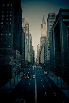 New York City (NYC) - Photography Inspiration 42nd Street, New York Street, New York City, Nyc, Oh The Places You'll Go, Places To Travel, Magic Places, Cities, Empire State Of Mind