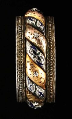Bracelet | 'Sun and Moon' bracelet from Tetouan region, Morocco.  silver, gold and enamel. | From the Ghysels Collection;