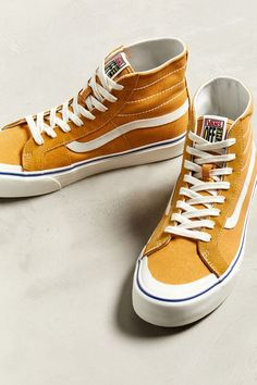 watch 1375b df697 Slide View  2  Vans Sk8-Hi 138 Decon SF Sneaker Vans Suede,