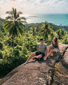 Follow @northabroad on Instagram to get travel inspiration from a digital nomad couple travelling the world full time. #digitalnomads #travelcouple #travel #thailand #kohsamui #asia Nepal Culture, Siargao Island, Thailand Travel Guide, Great Place To Work, Beautiful Islands, Beautiful Places, Photographs Of People, Koh Samui, Koh Tao