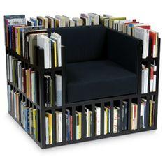 poltrona + estante de livros