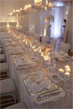 Adorable Wedding Dinner Table Idea 5