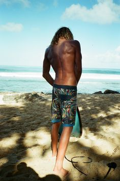 The Coffin Coast are cool, 4-Way stretch boardshorts made with coconut and upcycled polyester. Featuring colorful all over bead print with solid waistband and side pocket, plus Vissla woven labels, the Coffin Coast takes artwork from beaded baskets woven by natives and implements these patterns into fascinating color combinations.   #vissla