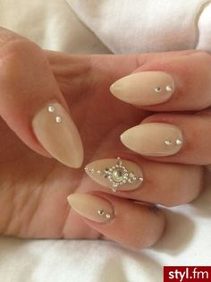 Stiletto nails.. Something about this babies cought my eye..