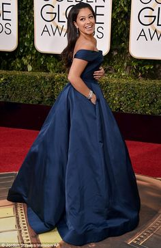 Drama queen: Jane The Virgin star Gina Rodriguez certainly made an entrance in her off-the-shoulder midnight blue Zac Posen gown Midnight Blue Gown, Golden Globes 2016, Gina Rodriguez, Mint Dress, Jane The Virgin, Floor Length Gown, Dressed To The Nines, Kate Hudson, Hollywood Glamour