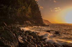 Sunset on the Na Pali Coast, Kauai, Hawaii