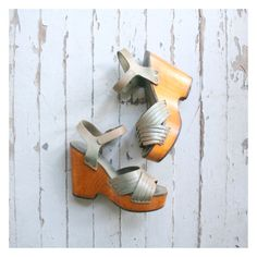 authentic 70s platform sandals  1970s wedge heel by AgeofMint