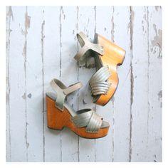 authentic 70s platform sandals  1970s wedge heel by AgeofMint
