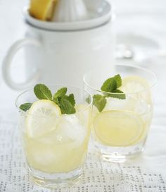 Moroccan Lemonade: non-alcoholic spritzer flavoured with orange blossom water and mint, (by Dixie Elliott for MiNDFOOD)