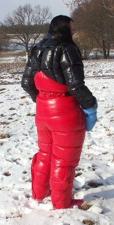 Nylons, Winter Outfits, Ski Outfits, Down Suit, Moon Boots, Puffy Jacket, Cool Jackets, Down Parka, Larp
