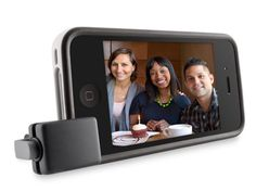 Camera grip to capture more easily photos and videos on the iPhone.