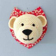 ♥Beautiful Designs by Anisbee Anisbee Trophée Ours Blanc Art Au Crochet, Crochet Diy, Crochet Wool, Crochet Amigurumi, Crochet Bear, Crochet For Kids, Crochet Animals, Knitting Projects, Crochet Projects