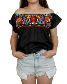 LILA- Black Mexican Boho Blouse with Handmade Embroidery Flower Details by HUMA This unique and cute cropped off the shoulder top was made to be paired Mexican Shirts, Mexican Blouse, Traditional Mexican Dress, Mexican Fashion, Urban Threads, Shirt Embroidery, Textiles, Colourful Outfits, Up Girl