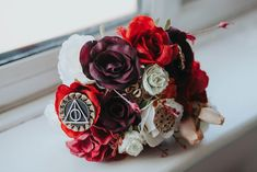 An Autumnal Literary inspired Wedding with Harry Potter and Brothers Grimm Fairytale details