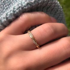 You can also name it as FX or Currency Trading. Eternity Bands, Montreal Paris, Vancouver, Rings, Toronto, How To Make, London, Usa, Things To Sell