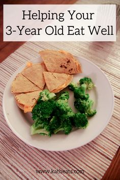 Ever wanted to know what a 3 year old eats? Here are real meals that my son eats and how I'm working to get my child to eat real food. Toddler Nutrition, Nutrition Tips, Healthy Toddler Meals, Kids Meals, Baby Food Recipes, Healthy Recipes, Herbalism, Healthy Living