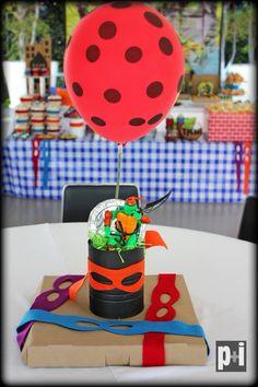 Turtle ninja Centerpieces!! Centros de mesa de tortugas ninja!! organización de eventos!! Contáctanos por Facebook!! www.facebook.com/pmasideco