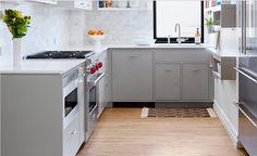 renovierte wohnung kenzo olga akulova, the 21 best gorgeous grey and white kitchens that get their mix, Design ideen