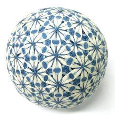 讃岐 伝統工芸 手作り かがり手まり 桜柄 (藍色) 縁起物