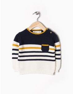Camisola Malha Zippy Baby Boy Knitting, Knitting For Kids, Kids Knitting Patterns, Knitting Designs, Baby Pullover, Boys Sweaters, Zara Kids, Boy Fashion, Baby Dress