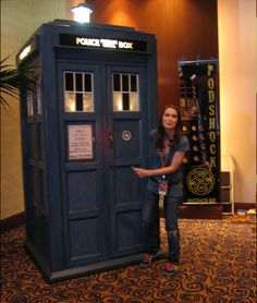 Felicia Day and the TARDIS. This photo is full of awesome!
