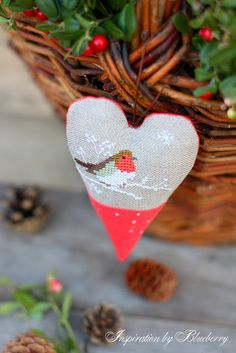 Sweet bird ornament / pincushion