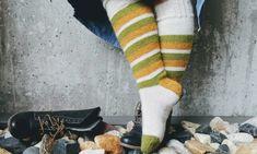 Kosestrikk i Påsken er nødvendig! Baby Knitting Patterns, Free Knitting, Luxury Socks, Baby Barn, Norwegian Food, Retro Baby, Big Knits, Drops Design, Baby Booties