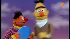 Sesamstraat | Dit is de officiële website van het kinderprogramma Sesamstraat. Learn Dutch, Bert & Ernie, Tigger, Growing Up, Disney Characters, Fictional Characters, Fanart, Cartoon, Website