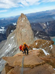 www.boulderingonline.pl Rock climbing and bouldering pictures and news Climbing on one of t