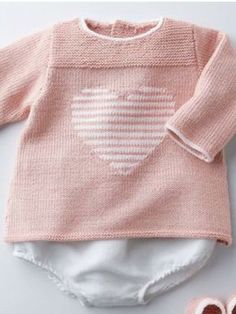 Discover thousands of images about Ravelry: milainemicoton's ~ Tutu Top . Jumper Knitting Pattern, Baby Knitting Patterns, Baby Patterns, Pull Crochet, Crochet Baby, Knit Crochet, Pull Bebe, Baby Girl Jackets, Knitted Baby Cardigan