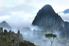 Do ghosts of Incas roam in the foggy ruins?