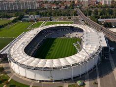 Stadium municipal de Toulouse  UEFA EURO 2016 matches Group stage 13/06/16, 15.00: D1 v D2 17/06/16, 15.00: E2 v E4 20/06/16, 21.00: B2 v B3  Round of 16 26/06/16, 21.00: WF v RE