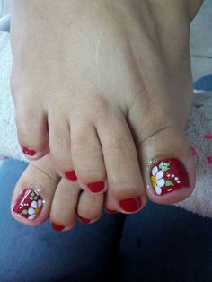 Red Nail Designs, Pedicure Designs, Pedicure Nail Art, Pretty Toe Nails, Cute Toe Nails, Bling Acrylic Nails, Bling Nails, Hair And Nails, My Nails