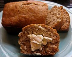Behold: the recipe for Starbucks banana bread. So easy and delicious.