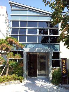 2012 강릉ICCN세계무형문화축전 - 명주사랑채, 1층에는 커피체험장이 있고 2층에는 북까페가 있습니다.