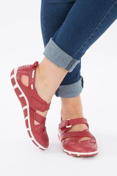 Diana Ferrari Supersoft Hibiscus Sandal - Womens Flats - Birdsnest Online Clothing Store  comfy work shoes