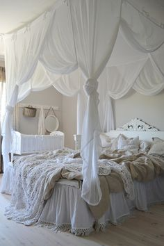 Bedroom Decor For Teen Girls, Cute Bedroom Ideas, Home Decor Bedroom, Modern Bedroom, Luxury Bedroom Design, Modern Home Interior Design, Dream Rooms, Dream Bedroom, Bed Cover Design