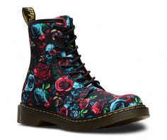 Martens 1460 Rose Bootie Youth - Rose Fantasy T Canvas Zipper Dr. Martens, Red Doc Martens, Doc Martens Style, Doc Martens Boots, Doc Martens Outfit, Timberland Waterproof Boots, Timberland Boots Outfit, Yellow Boots, Shoe Company