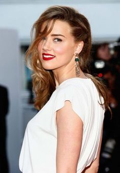 Not blonde? Not brunette? 29 shades of bronde to inspire your next hair colour: Amber Heard