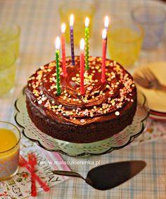 Proste urodzinowe ciasto czekoladowe