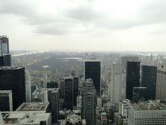 Widok z tarasu widokowego Top of the Rock w Centrum Rockefellera na północną część Manhattanu m.in. Central Park (2013)