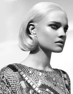 Black and white #fashion Vogue Turkey