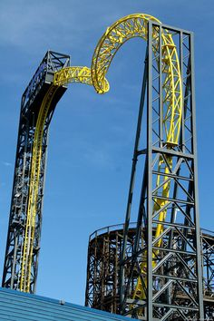 Looking for statistics on the fastest, tallest or longest roller coasters? Find it all and much more with the interactive Roller Coaster Database. Roller Coaster Theme, Best Roller Coasters, Cool Coasters, Water Park Rides, Fair Rides, All Ride, Fear Factor, Tunnel Of Love, Amusement Park Rides